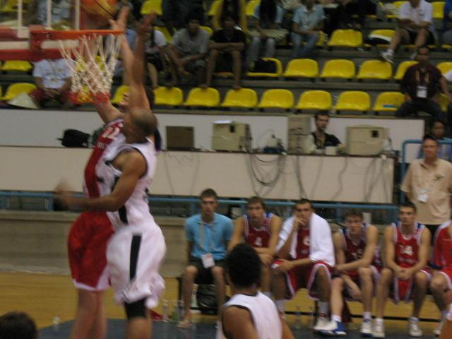 [basketb+022.jpg]