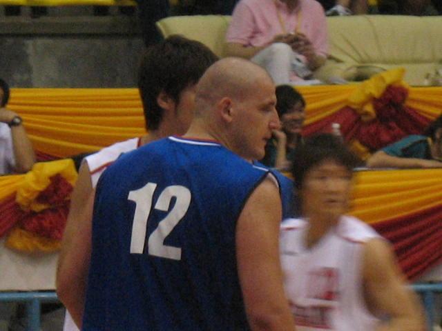 [basketb+037.jpg]
