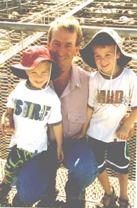 [Cr+Rob+Loughnan+&+Children+at+Saleyards.jpg]