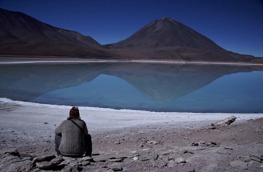 [Bolivia+-+Lagoa+Verde.jpg]