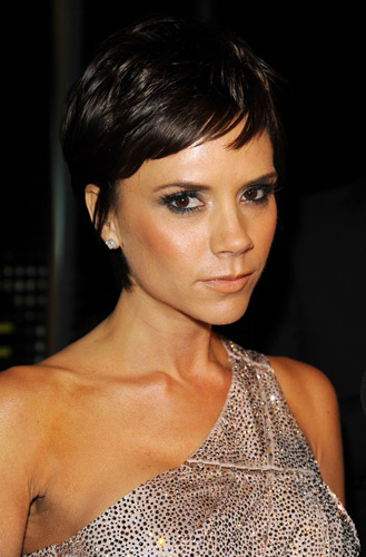posh spice beckham. Such a cute haircut! I really want!