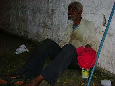Homem azul morre aps infarto nos Estados Unidos