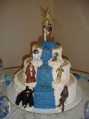 10 weirdest wedding cakes wedding cakes wedding dresses and cakes 10017