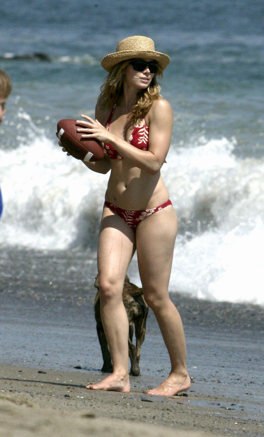 simpson bikini paparazzi Jessica