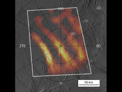 mapa de calor del polo sur de Encélado