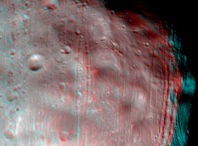 Imagen 3D de Fobos con imágenes de HiRISE a bordo de MRO
