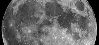 La Luna llena dentro de la cola magnética, marzo 2008