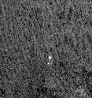 Imagen de HiRISE de la Nave Phoenix descendiendo en Marte