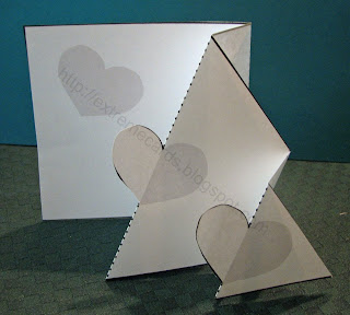 pop up trifold heart card