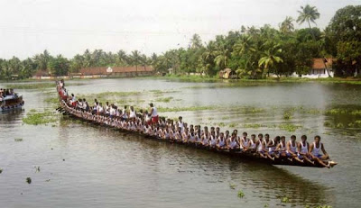 The largest canoeing crew on Alleppy, Kerala, India