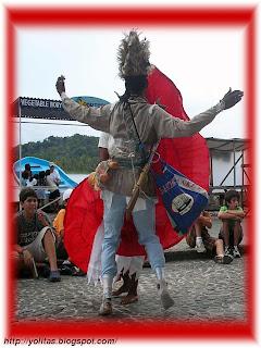 Yolitas decoraciones bailes congos provincia de colon for Cara pintada diablo