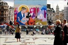 लंदन में भारत महोत्सव के दौरान मशहूर ट्रैफैल्गर स्क्वेकर को कुछ यूँ सजाया गया है