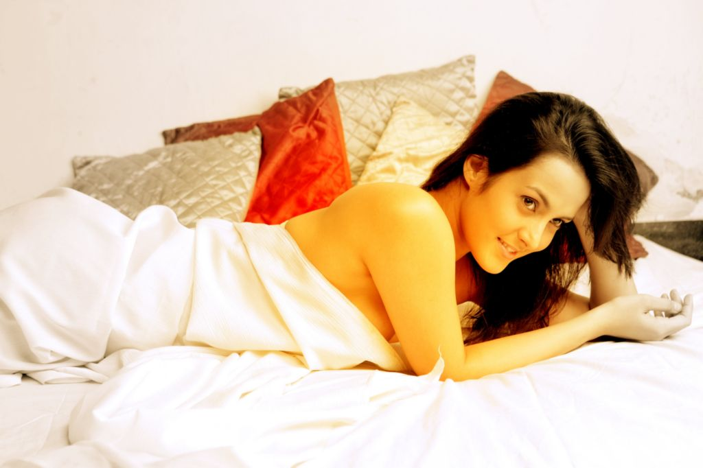 Tulip Joshi Hot Wallpaper