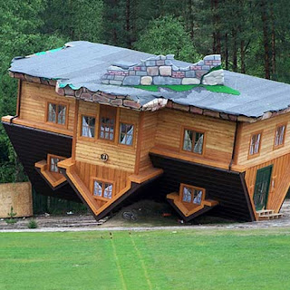 designscret: gambar rumah aneh dan unik