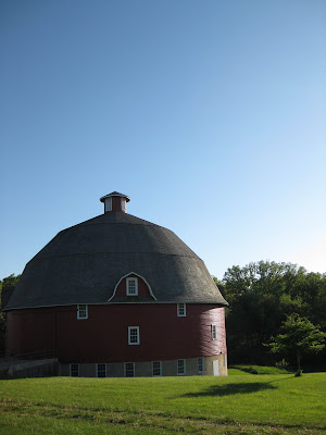 Ryans Round Barn Johnson Sauk Trail