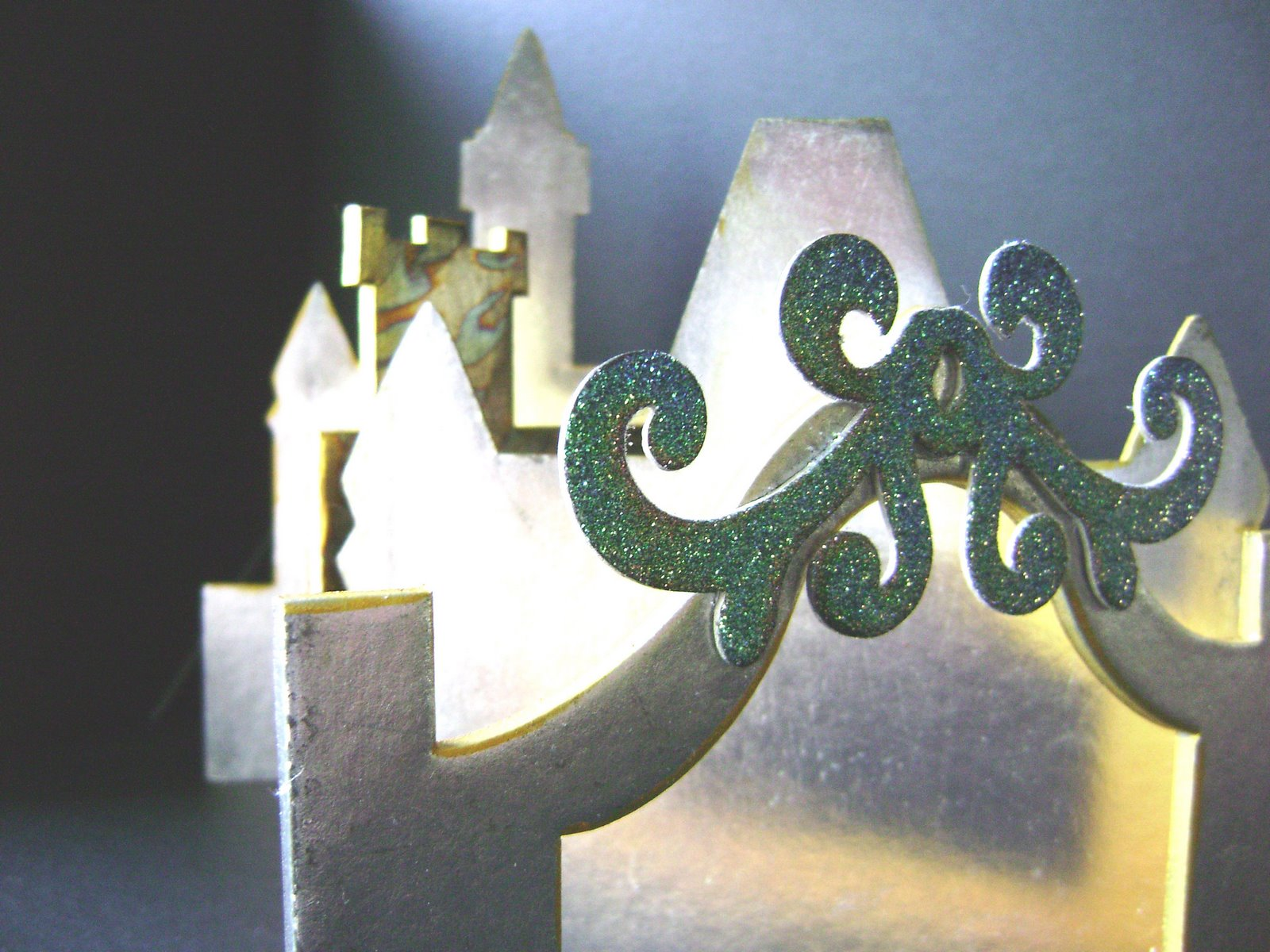 [Castle+Close+up.jpg]