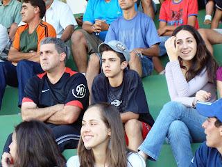Jair Filho; Pedro e Irmã assistem a uma das Semi Finais