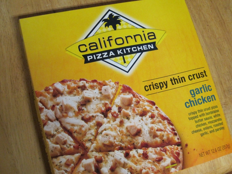 Delightful Frozen Friday: California Pizza Kitchen   Garlic Chicken Pizza