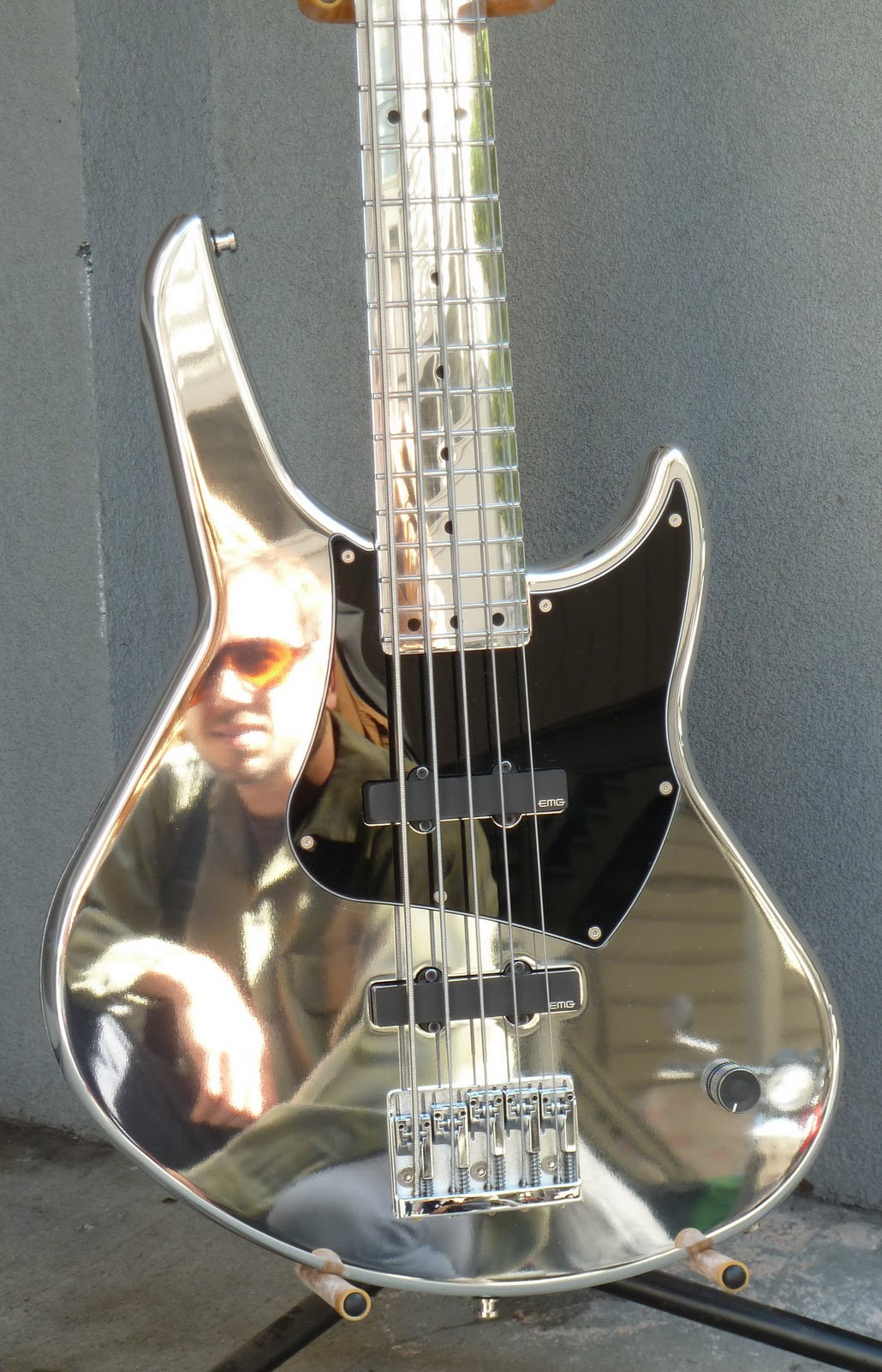 daily guitar repair adding electronics to an all metal bass. Black Bedroom Furniture Sets. Home Design Ideas