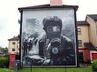 Bogside duvar resimleri: The Petrol Bomber (Derry)