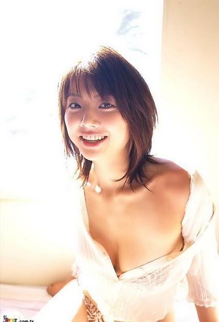 Hitomi Aizawa Nude Photos 53
