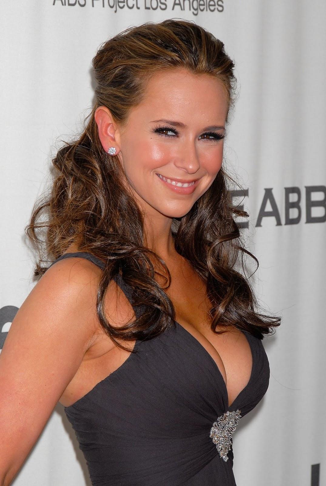 BODY EXREMS: Jennifer Love Hewitt.........Hot & Sexy