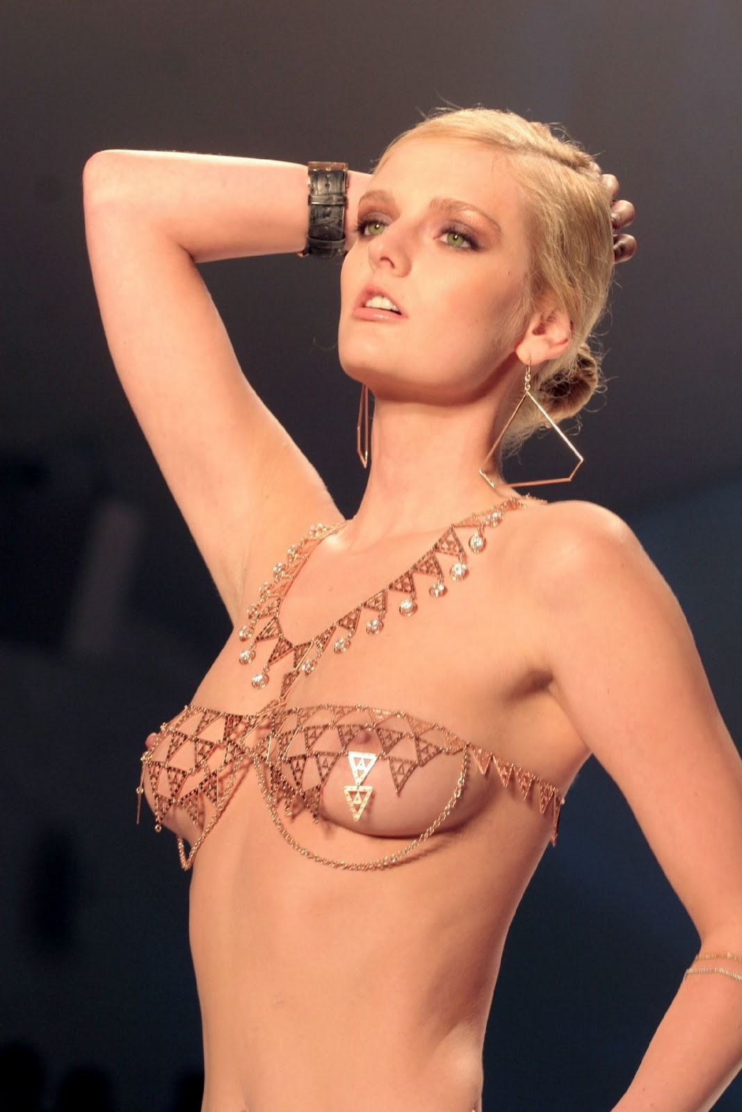 lydia hearst topless