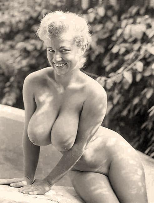 Babe bikini hot pic