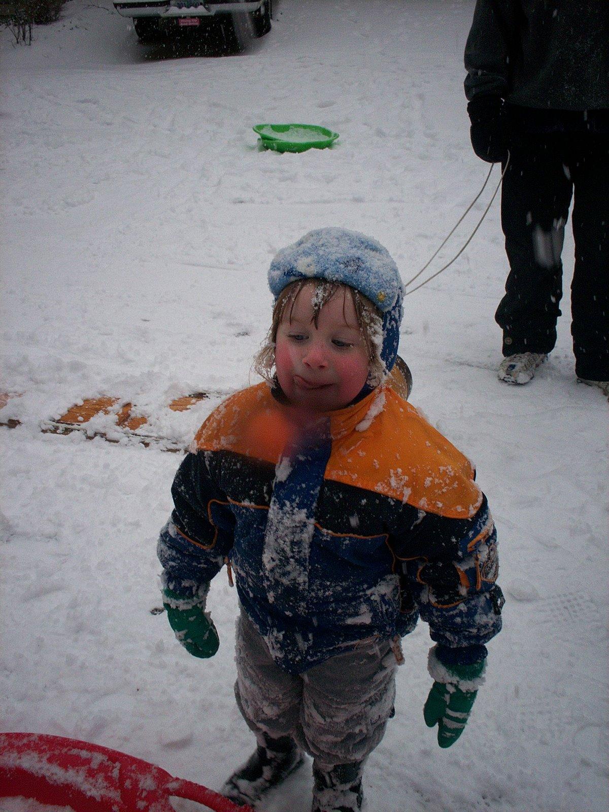 [070116+Lauren+in+the+snow.jpg]