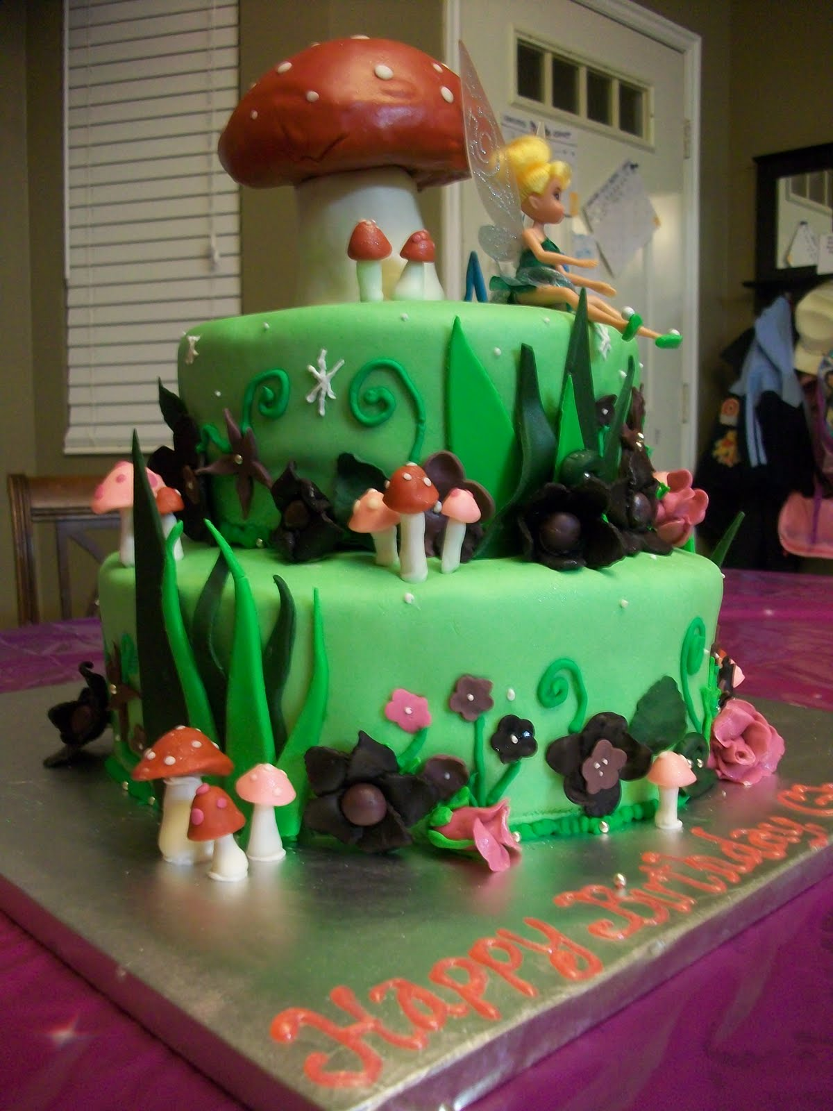 Judd Family Feeds: Tinkerbell Cake by Jess