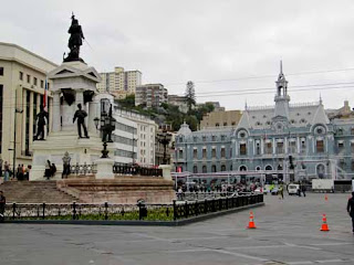 Plaza Sotomayor Monument to the Heros of Iquique Valparaiso