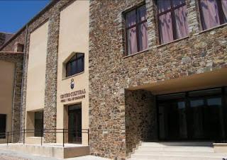 Fachada principal del centro cultural guadalupense