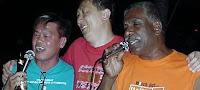 Song Lau, Ballcracker Bulldozer singing