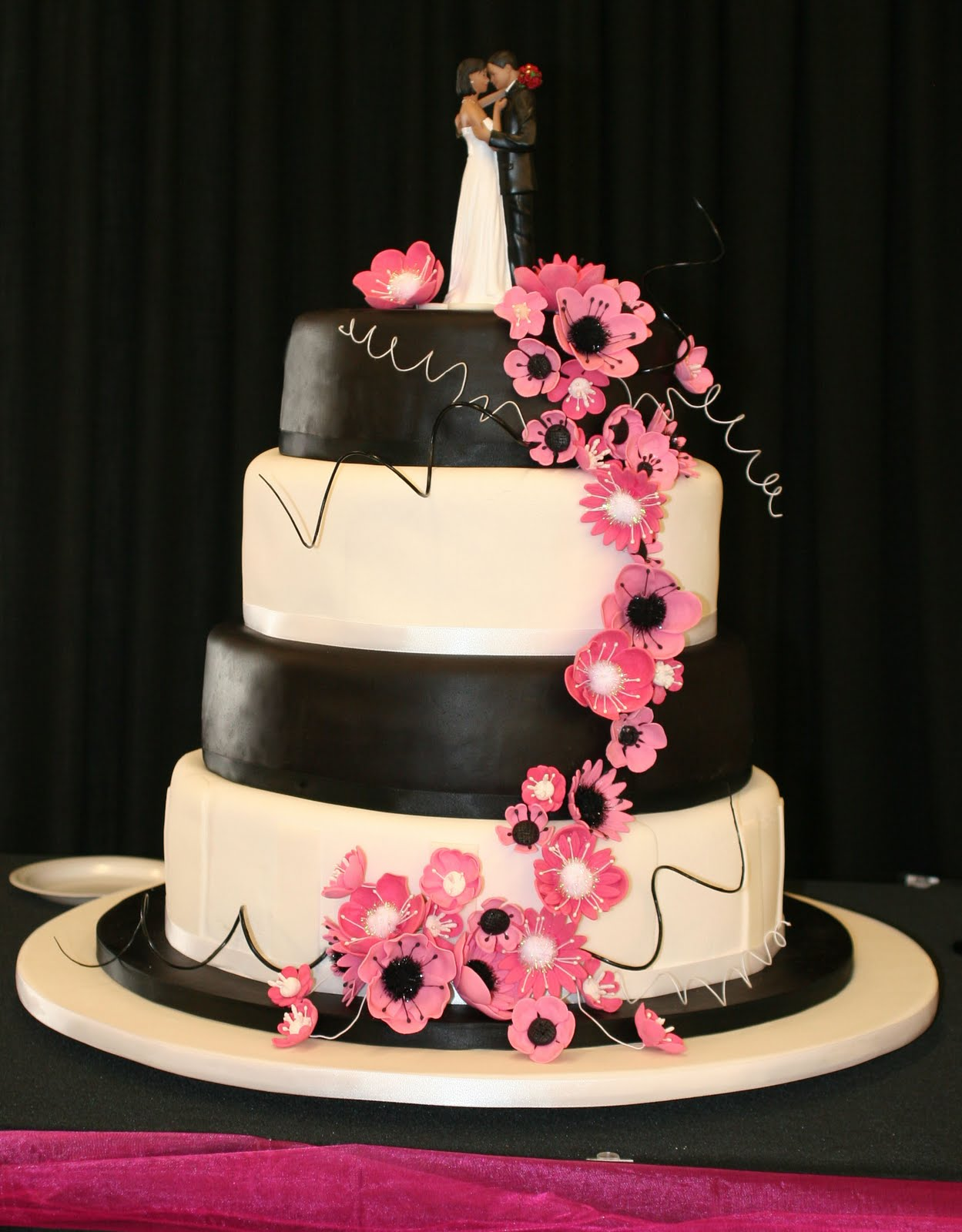 pink black and white wedding cakes with flowers amazingcakesbyvanessa november 2010 18568