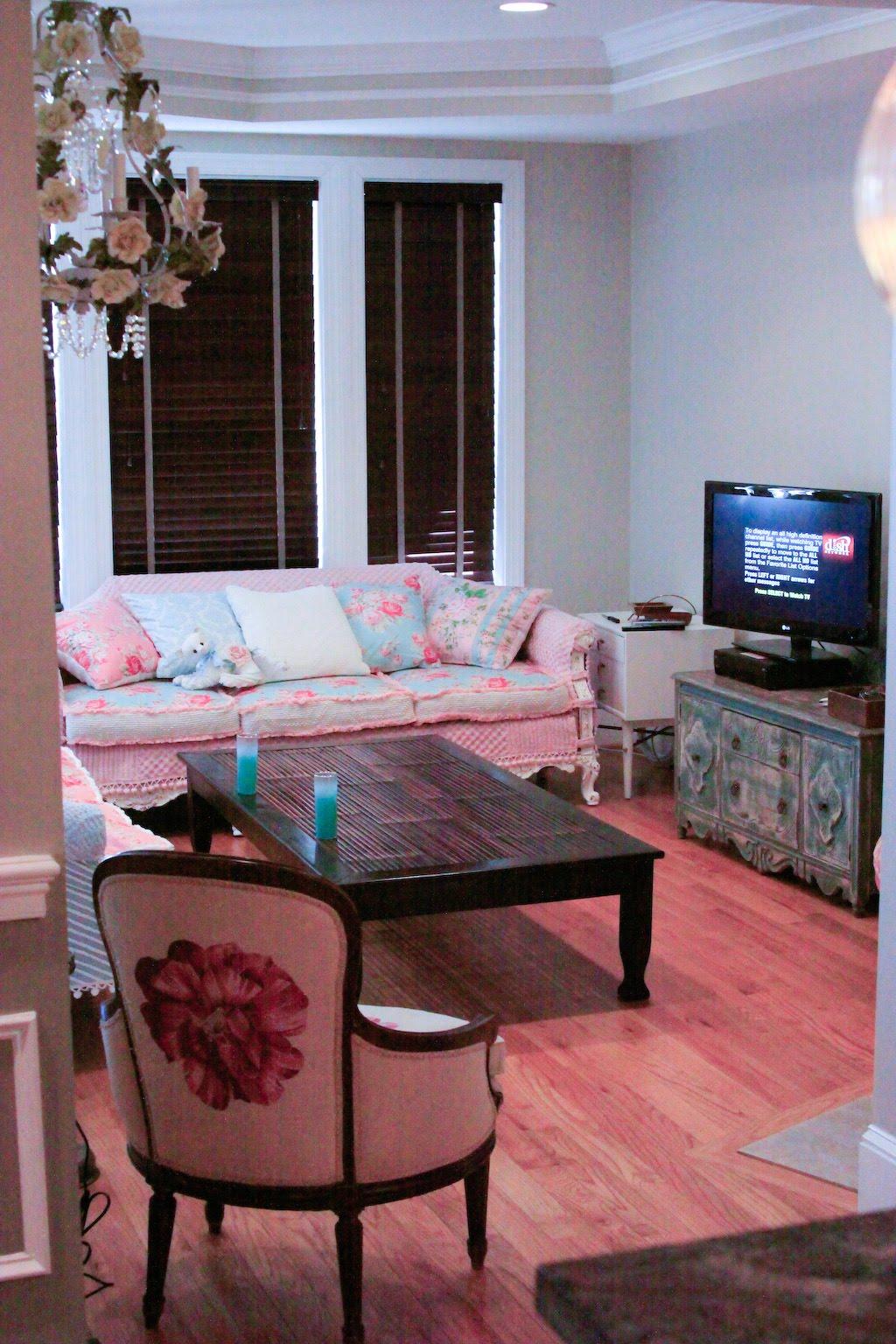 Rose Sofa Slipcover Frame Repair Kit Vintage Chic Furniture Schenectady Ny Shabby