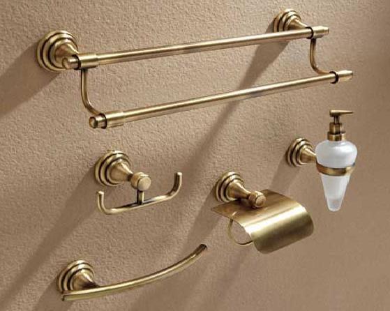 accesorio de baño rustico cuero viejo oro dorado aplique