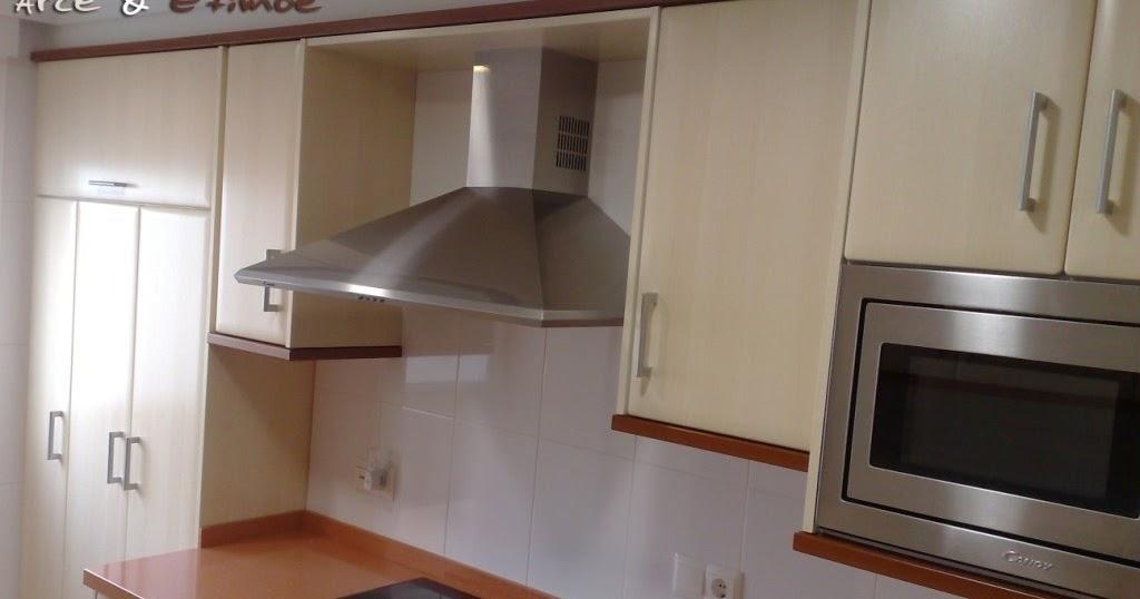 Cocina LA SAFOR en Arce & Etimoe con los electrodomésticos ...