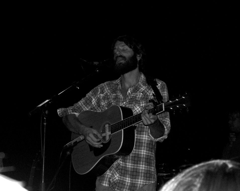 Review Ray Lamontagne The Pariah Dogs God Willin The Creek