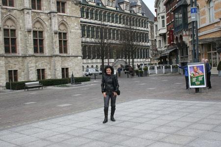 Praça em frente a catedral