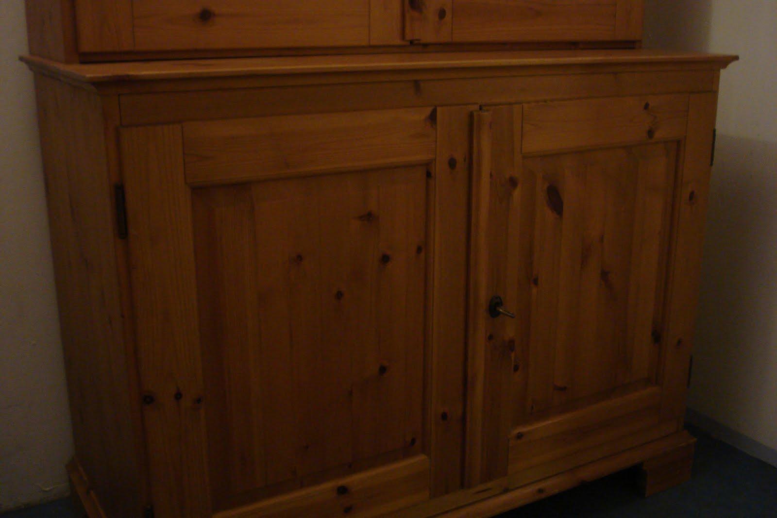 mobilier en vente buffet vitrine. Black Bedroom Furniture Sets. Home Design Ideas