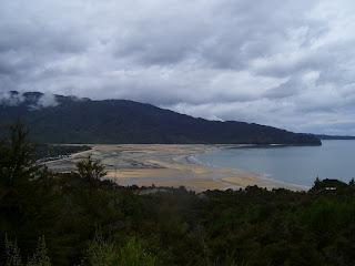 ニュージーランド ネルソン Split apple rock 写真 画像
