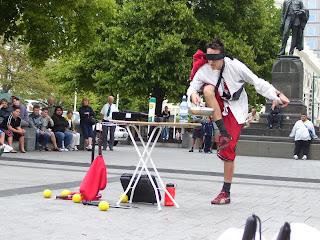 ニュージーランド 旅行 イベント 大道芸人 写真 画像