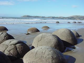 ニュージーランド モエラキボルダー オークランド クライストチャーチ ウェリントン ダニーデン 写真 風景画像 観光旅行 ホテル