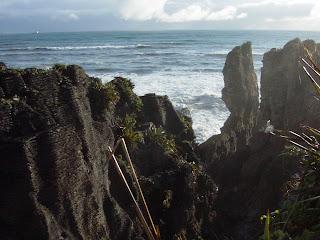 ニュージーランド パンケーキロック プナカイキ 有名な観光地 クライストチャーチ オークランド 航空券 ホテル