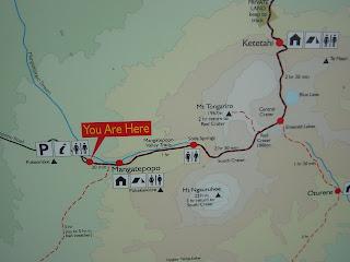 トンガリロクロッシング ニュージーランド 有名なトレッキングコース 登山 写真 画像 航空券 ホテル 世界遺産