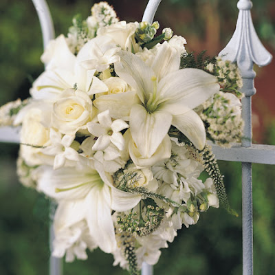 fresh flower what are the most popular wedding flowers. Black Bedroom Furniture Sets. Home Design Ideas