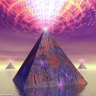 Piramide Caderea Atlantidei