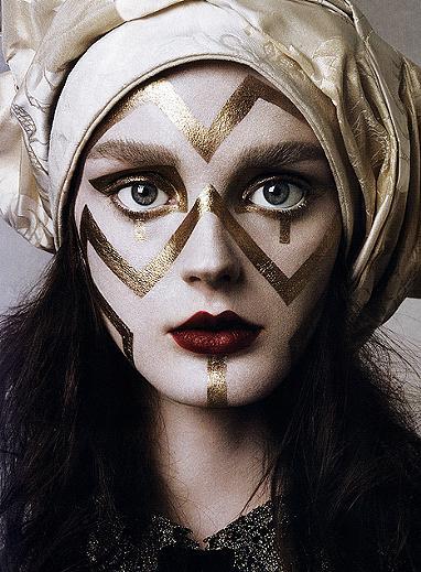 Art Fashion: Makeup Artist Watch: Kabuki