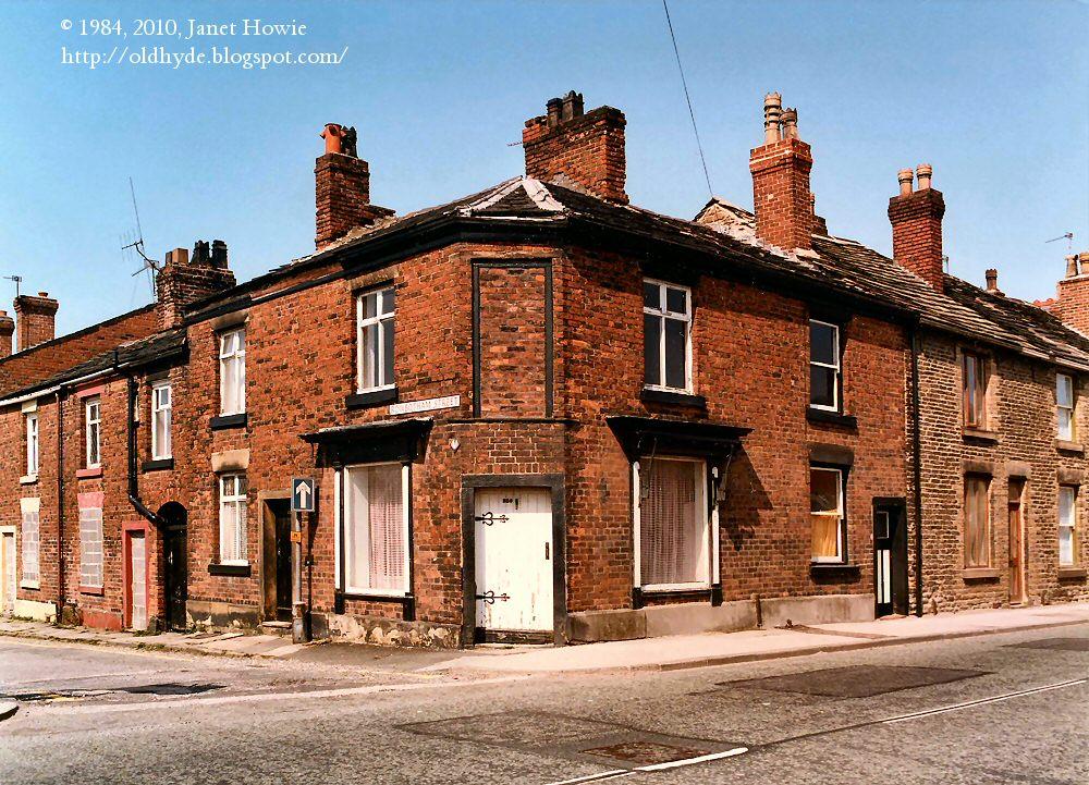 Old Hyde: Rowbotham Street 1984