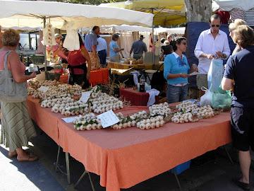 """Anche Saint Tropez ama l""""aglio"""